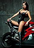 XXL Poster 100 x 70cm (S805) sexy Frau Lederstiefel Motorrad - young sexy woman (Lieferung gerollt!)