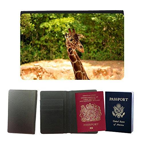 GoGoMobile Cubierta del pasaporte de impresión de rayas // M00124898 Giraffa Wildlife Animal Zoo africano // Universal passport leather cover - Zoo Africano