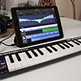 M-Audio Keystation Mini 32 II Compact 32-Key USB/MIDI Keyboard Controller with Synth-Action Velocity-Sensitive Keys