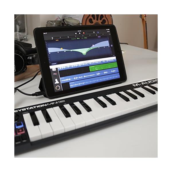 M-Audio Keystation Mini 32, Tastiera Controller MIDI USB Portatile e Leggera con 32 Tasti Sensibili alla Dinamica, Ignite e Ableton Live Lite