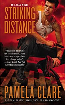 Striking Distance par [Clare, Pamela]