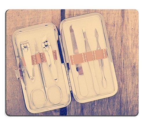 jun-xt-naturkautschuk-mousepads-bild-id-30952264-big-idee-concept-licht-bub-auf-zement-wand-textur-h