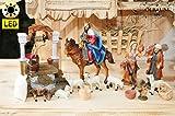 Krippenzubehör-Set für Weihnachtskrippen- & Figuren - mit LED-Beleuchtung Station 5+6-2 Passionskrippe Passionsfiguren, 17-tlg. Set KOMPLETT mit LED-mit LED-Beleuchtung Brave Bürger beobachten das Treiben nach Golgota und helfen Jesus, zu Mt 27,32- Passion Christi - für 9-10 cm Figuren