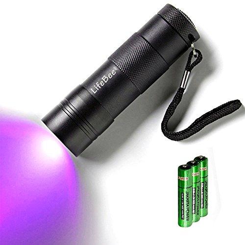 Preisvergleich Produktbild Kungix UV Taschenlampe mit 12 LEDs , Haustiere Urin-Detektor für eingetrocknete Flecken Ihrer Hunde, Katzen und Nagetiere auf Teppichen, Vorhänge, Gardinen, Möbel und anderen Stoffen, Hund usw 3xAAA-Batterien inkl