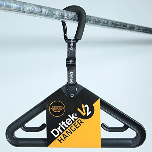 La Percha Dritek V2 es la percha de gran resistencia más versátil del mundo y ha sido diseñada para colgar prendas de baño y deportes acuáticos, así como ropa para exteriores y de protección de forma segura.