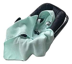 BABEES© Einschlagdecke Waffelstoff Baumwolle Waffelpiqué für Babyschale Autositz, Universal z.B. Maxi-Cosi Römer Cybex, Frühling Sommer Baby Decke für Kinderwagen Babytragen leicht (MINT)