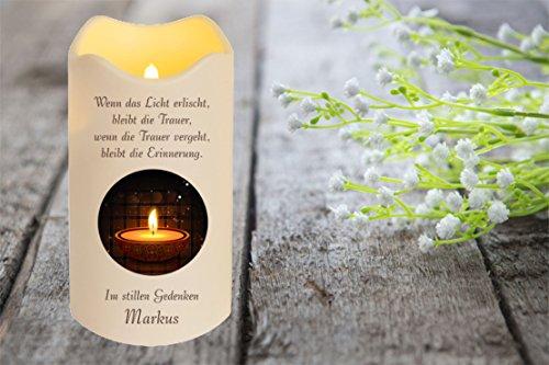LED Vela Plástico Temporizador Sensor de luz 18 cm Interior + Exterior intermitente Llama Vela memorial Día de la muerte individualizado personal con nombre (Motivo 12)