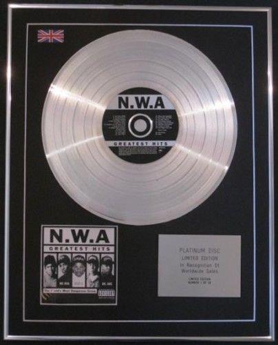 N.W.A-- CD platin disc- Greatest Hits