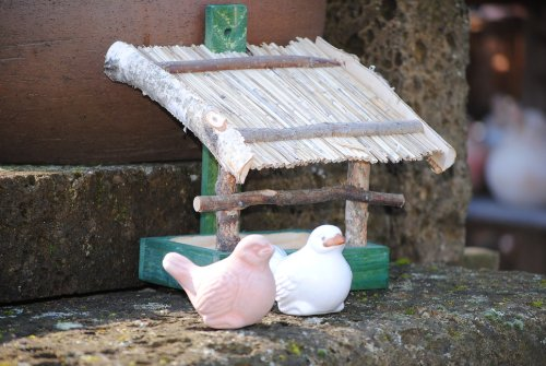 Vogelhaus zum Hängen aus Holz mit Strohdach,M.660 - 4