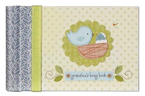 CR Gibson Grandma's Brag Book/Baby Photo Album -- Newborn Baby