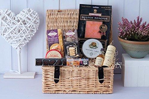 scottish-food-and-drink-taster-gift-hamper-luxury-white-logo-carton