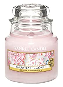 yankee candle bougie en pot parfum biscuit flocon rose. Black Bedroom Furniture Sets. Home Design Ideas