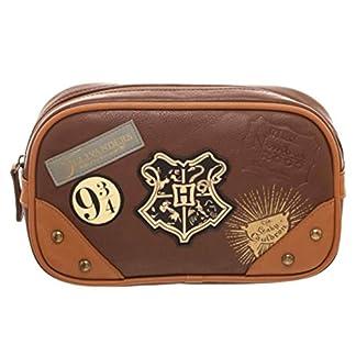 Bioworld Merchandising / Independent Sales Harry Potter Hogwarts Toiletry Bag Standard
