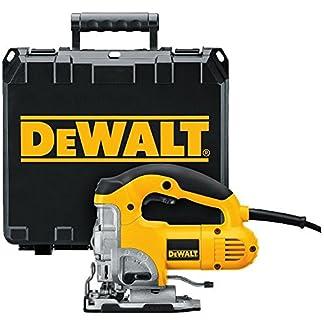 Dewalt DW331K-QS Sierra de calar 230V Electrónica con puño cerrado maletín, 701 W, Negro y amarillo, EA