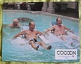 10 photos couleurs (21 cm x 27 cm) de Cocoon (1985), film réalisé par Ron Howard avec Don Ameche, Wilford Brimley, Hume Cronyn - Bon état.