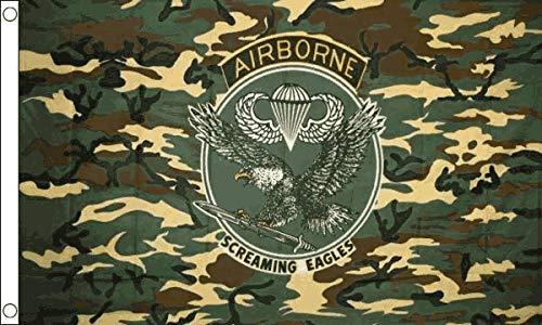 Flagmania® Camo Airborne USA Military 5ft x3ft (150cm x 90cm) Flagge + 59mm Button Camo Button