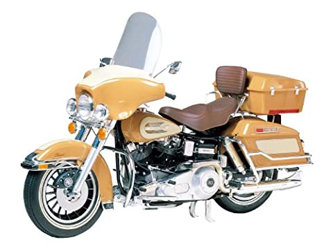 Tamiya 300016040 - 1:6 Harley-Davidson FLH Classic Motorrad (Bausatz Harley Davidson)