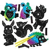 Baker Ross Animali del Bosco Scratch Art con calamita (Confezione da 10) per creazioni Fai da Te e Decorazioni per Bambini