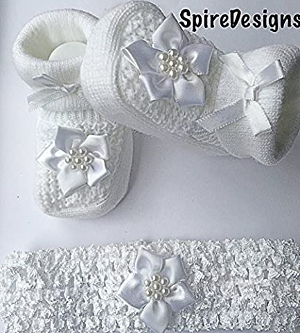 Baby Girls Knitted Newborn Infants White Flower Bootees Christening Booties