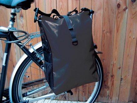 Fahrradtasche aus Tarpaulin - LKW Plane in 4 verschiedenen Farben (Schwarz)