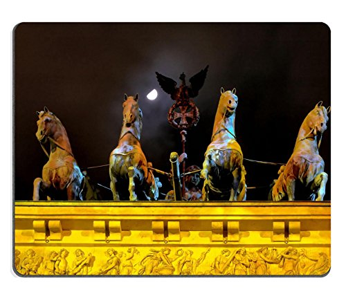 msd-natural-rubber-mousepad-image-id-354522-chariot-on-top-of-brandenburg-gate-with-moon-and-haze