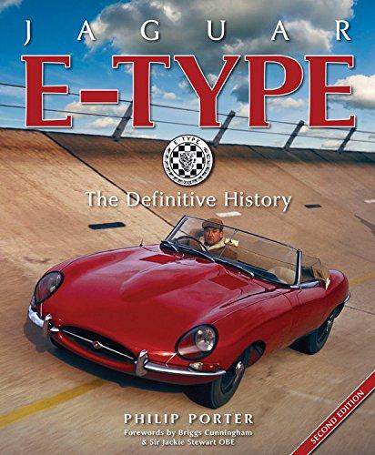 Jaguar E-type: The Definitive History di Philip Porter