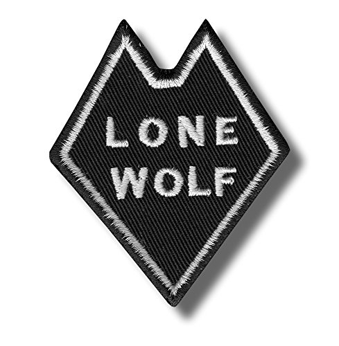 Lone wolf - embroidered patch 6 x 7 cm
