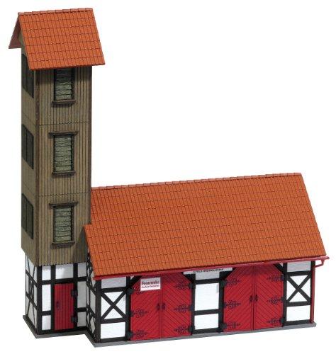 Preisvergleich Produktbild Busch 8242 - Feuerwehr-Gerätehaus Ilfeld