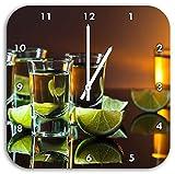 Tequila mit Limetten, Wanduhr Quadratisch Durchmesser 28cm mit weißen spitzen Zeigern und Ziffernblatt, Dekoartikel, Designuhr, Aluverbund sehr schön für Wohnzimmer, Kinderzimmer, Arbeitszimmer