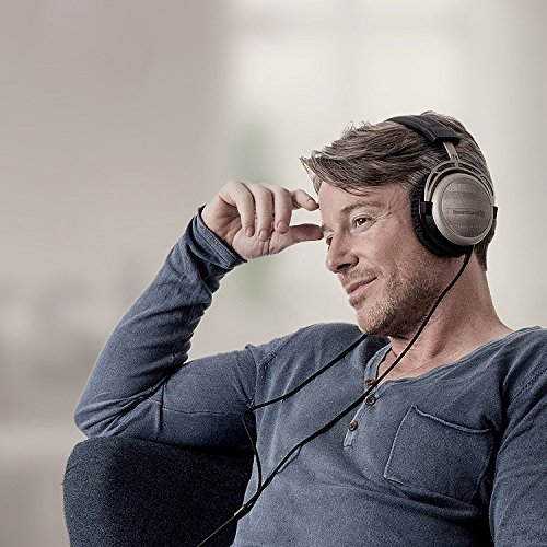 Beyerdynamic T12nd Generation HiFi Stereo-Kopfhörer mit dynamischen halboffenen Design schwarz - 5