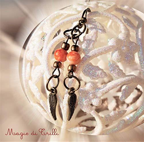 Magie di trilli - orecchini etnici artigianali donna pendenti in pietra dura con ciondolo ali in bronzo - idea regalo natale