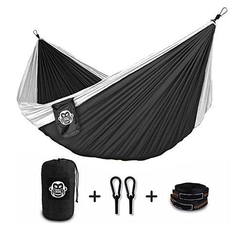 Monkey-Swing-Hngematte-aus-Fallschirm-Nylon-Ultra-Light-275-x-140-cm-180-kg-Traglast-im-Set-mit-Haltegut-und-Karabiner-Outdoor-Trekking-Camping-Hammock