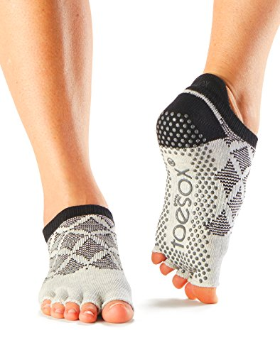 toesox-half-toe-low-rise-grip-socks-for-yoga-pilates-fitness-non-slip-skid-socks-1-pairs-fresca-medi