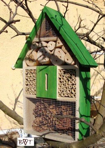xxl-hotel-a-insectes-complet-avec-papillon-maison-vert-marien-coccinelle-vert-jardin-vert-nichoir-in