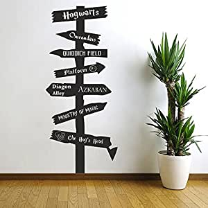 Stickers Muraux Harry Potter.Harry Potter Inspired Road Sign Vinyl Wall Decal Hogwarts Ministry Of Magic Azkaban Olivanders 9 3 4 Quiddich Dumbledore White 22 H X9 5 W