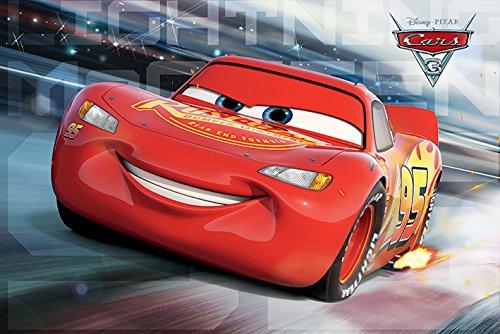 Disney Autos 3 \'McQueen Rennen\' Maxi Poster, 61 x 91.5 cm Mehrfarbig