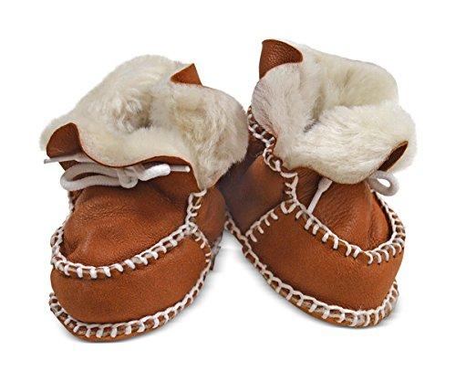 Wildash London , Chaussures souple pour bébé (garçon) marron glitter brown suede & white shearling Size 3-12 months tan suede & cream shearling