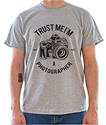 7ae9c5b9 DreamGirl Trust Me I'm Photographer. Funny Photo Camera Graphic Mens T-Shirt  Small