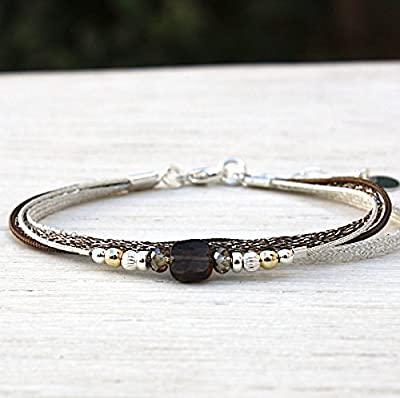 Bracelet cordon multi rangs perles swarovski et pierre de gemmes quartz fumé