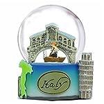 """Questa simpatica idea neve presenta il Venice rialto Bridge e gondola insieme con la torre pendente di Pisa, l' Italia e gli scarponi """"colisseum nella storia romana, tutti sulla base. Ottimo souvenir e regalo"""