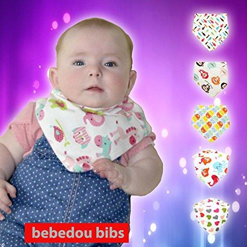 bebedou Sitzsack für 5Pack Mädchen Super Saugstark reine Baumwolle Stylisch Bandana/Dribble Lätzchen für Babys und Kleinkinder, Fun buntes Design, Baby Dusche Geschenk, burpy Handtuch & # •; Lovely Designs & # •; sehr gute Qualität & # •; Nice und Funky & # •; (5Pack Geschenk-Set) & # •; einzigartiges Baby Geschenk & # •; schützt vor Sabbern Rash einschubmechanismus •; und Reflux niedliches Design und stilvoll & # •;. Hohe Qualität saugfähig Sabbern Lätzchen & # •; Hergestellt mit einem 100% weiche Baumwolle