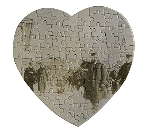Heartshaped Puzzle with Russian soldiers gathered in Seoul Korea.