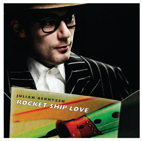 rocket-ship-love-telenor-exclusive
