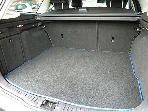 Preisvergleich Produktbild Individuell gefertigte und anpassbare Teppich-Kofferraumauskleidung für Ford Mondeo (MK 3) 2000-2006 von Connected Essentials - schwarz mit blauem Rand