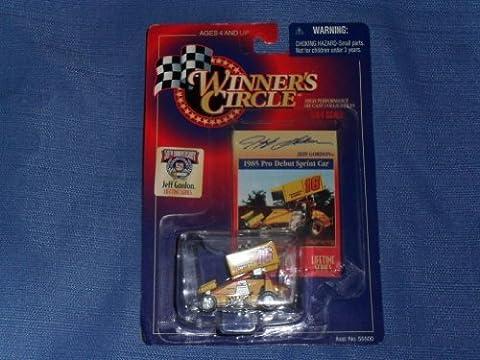 1997 NASCAR Winner's Circle . . . Jeff Gordon #16 1985 Pro Debut Sprint Car 1/64 Diecast . . . Includes Collector's Card . . . Lifetime