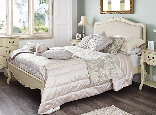 Shabby Chic Champagne Upholstered King size bed. Lovely 5ft cream French bed with upholstered headboard. Quality