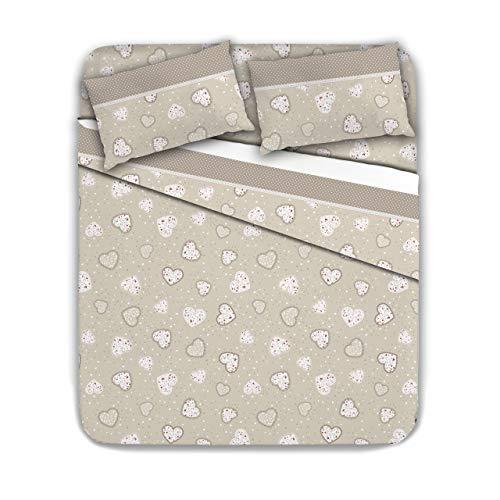 Completo letto matrimoniale in flanella 100% cotone, calda e confortevole. disegno: cuori, variante: beige, varie fantasie disponibili.