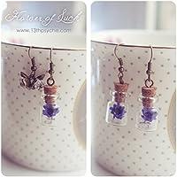 Orecchini a bottiglia di fiori, orecchini piccoli personalizzati di fiale, orecchini secchi di fiore, orecchini da margherita, regali per lei, orecchini in miniatura di bottiglia.