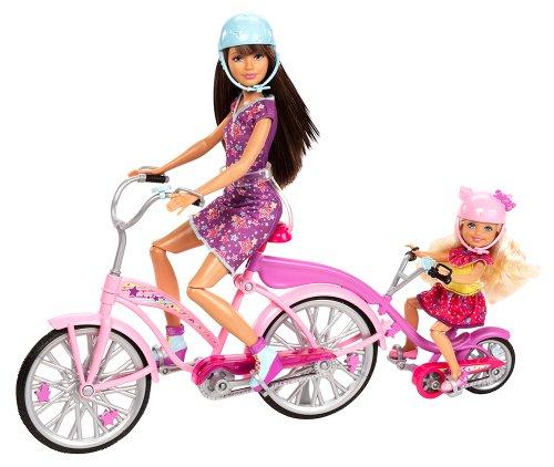Preisvergleich Produktbild Mattel Barbie X9057 - Family Fahrrad für zwei Schwestern, inkl. Skipper und Chelsea, Puppen und Zubehör