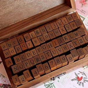 Cvictims timbri in gomma e legno, con lettere dell'alfabeto e numeri, in valigetta vintage in legno
